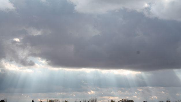 Nubes-lluvia-buena-parte-Peninsula_TINIMA20131003_0076_5