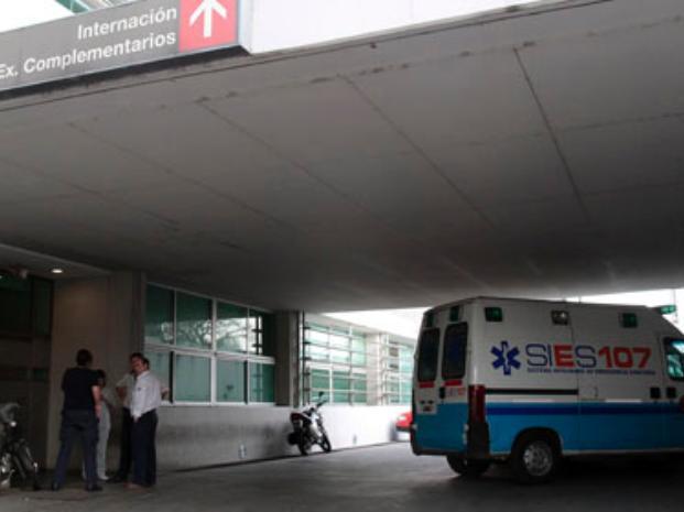 https://www.venado24.com.ar/archivos24/uploads/2015/03/heca_ambulancia.jpg