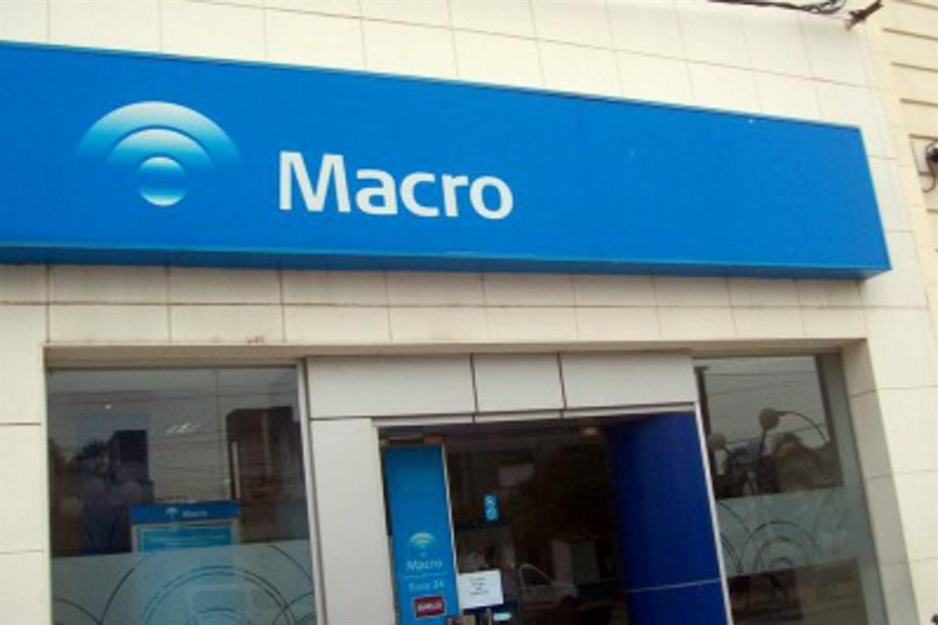 macro33