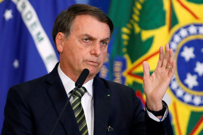 """Bolsonaro culpó a las ONGs por el fuego en el Amazonas: """"Quieren derrocarme"""""""
