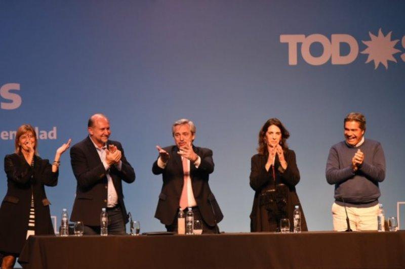 "Desde Rosario, Alberto Fernández llamó a ""construir un país federal"""