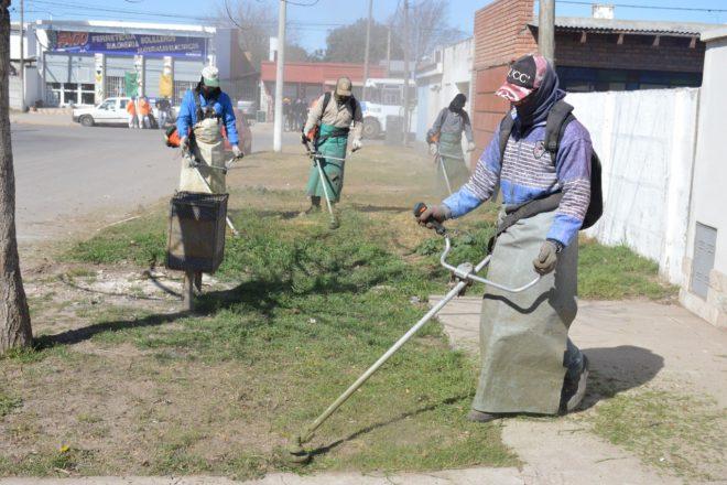 El Municipio impulsa un plan de limpieza intensivo en cada barrio