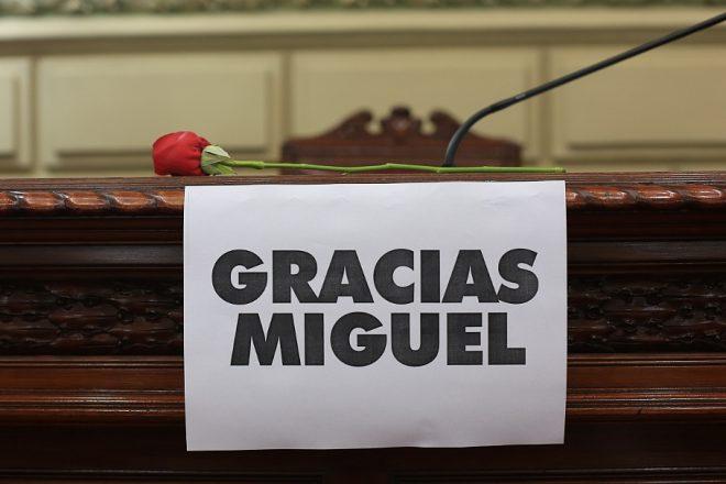 """Emotivo homenaje a Lifschitz en Diputados, Clara García destacó: """"Tuve el privilegio de ser su esposa, su compañera"""""""