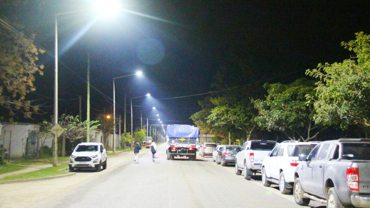 Quedó inaugurada la nueva iluminación led en avenida Alem hasta el Parque Industrial