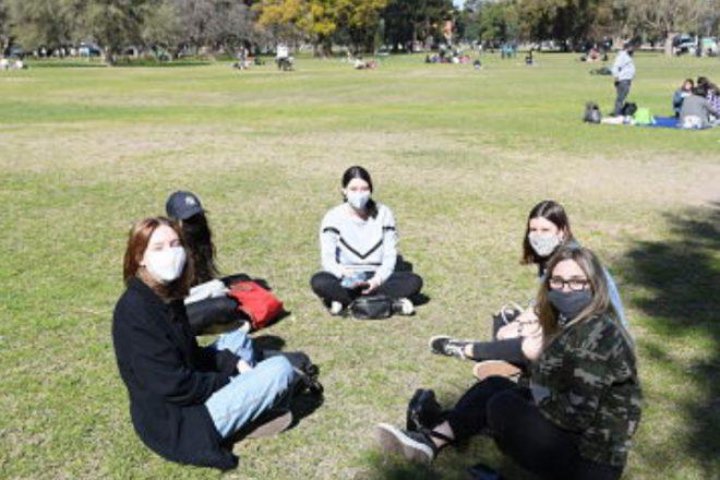 Medidas sanitarias: desde el gobierno santafesino aclararon que no contemplan flexibilizaciones antes de octubre