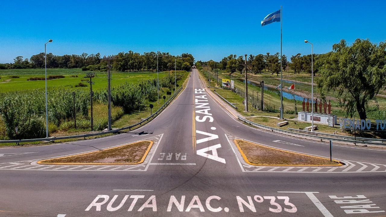 Reclamo de vecinos del barrio Santa Rosa para que el cruce de ruta 33 y Santa Fe sea más seguro